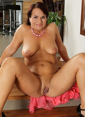 Chubby milf with natural boobs
